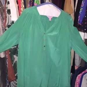 Good condition Lilly Pulitzer solid green Elsa top